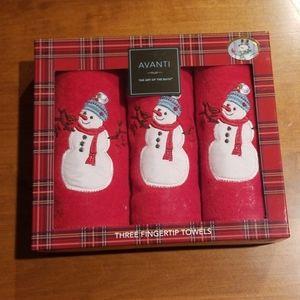 Avanti Christmas Snowman Fingertip Towel S…